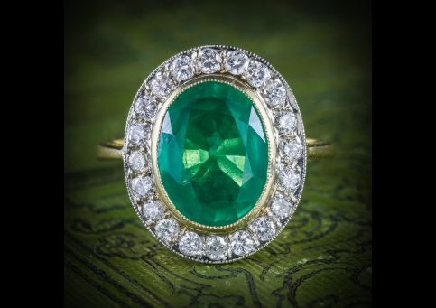 EMERALD_DIAMOND_ENGAGEMENT_RING_18CT_GOLD_7CT_NATURAL_EMERALD_COVER
