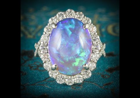 BLACK_OPAL_DIAMOND_RING_PLATINUM_16CT_BLACK_OPAL_COVER