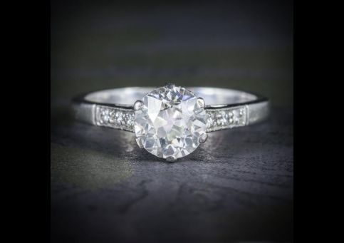 ANTIQUE_EDWARDIAN_PLATINUM_1.58CT_SOLITAIRE_DIAMOND_RING_CIRCA_1915_COVER_600x
