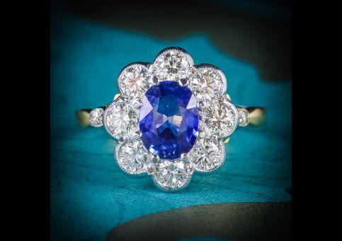SAPPHIRE_DIAMOND_RING_CLUSTER_18CT_GOLD_RING_COVER