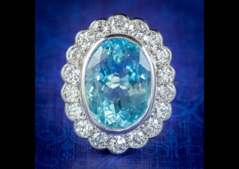 Vintage-Aquamarine-Cocktail-Ring-18ct-Gold-2ct-Of-Diamond-6ct-Natural-Aqua-With-Cert-cover