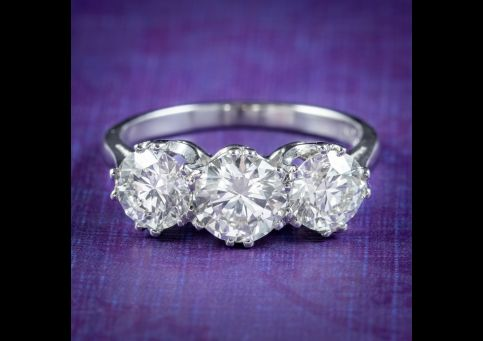 Edwardian-Style-Diamond-Trilogy-Ring-2.75ct-Diamond-With-Cert-cover