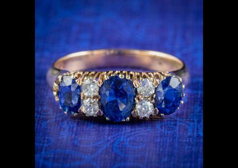 Antique-Victorian-Sapphire-Diamond-Ring-2ct-Of-Sapphire-Circa-1900-cover
