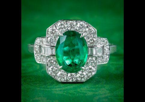 Art-Deco-Style-Emerald-Diamond-Cluster-Ring-1.80ct-Emerald-cover