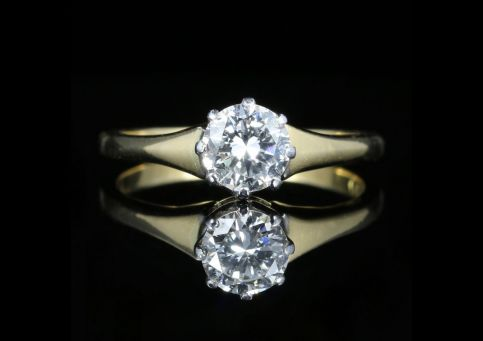 Antique Victorian Diamond Engagement Ring Circa 1900 18ct Gold 0.70ct front view
