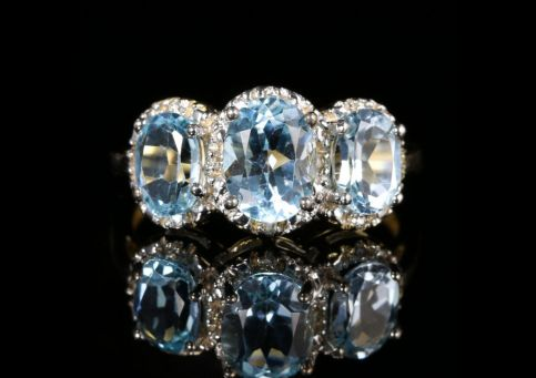 Blue Topaz Diamond Trilogy Gold Ring 3.20ct front view