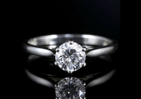 Diamond Solitaire Engagement Ring Platinum Full Certified Vs1 F Colour