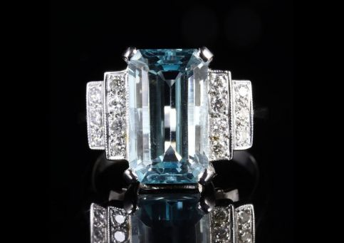 Aquamarine Diamond Engagement Ring 18ct Gold 6ct Aquamarine Front View
