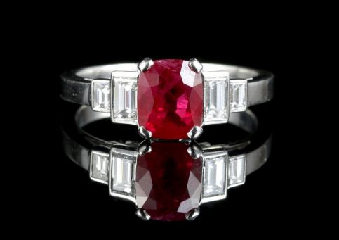 NATURAL RUBY & DIAMOND RING 18CT WHITE GOLD