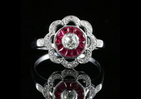 ANTIQUE EDWARDIAN RUBY DIAMOND CLUSTER RING 18CT GOLD