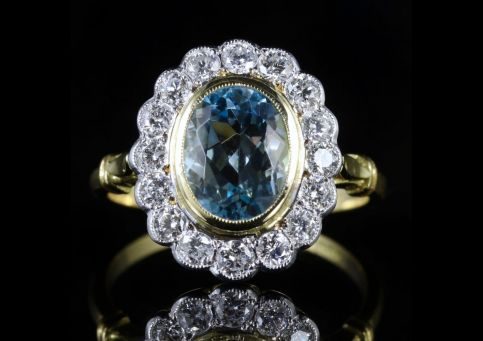 AQUAMARINE DIAMOND CLUSTER RING 18CT GOLD