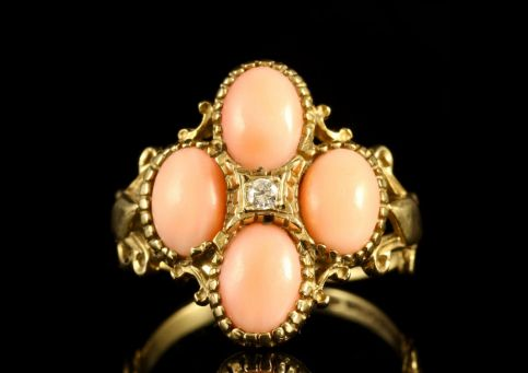 VINTAGE CORAL DIAMOND RING 9CT GOLD
