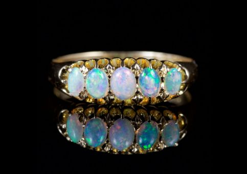 ANTIQUE EDWARDIAN OPAL FIVE STONE RING 18CT DATED 1907