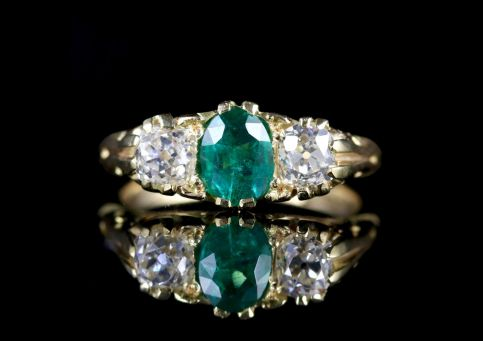 Antique Victorian Emerald Diamond Ring 18ct Gold Circa 1880