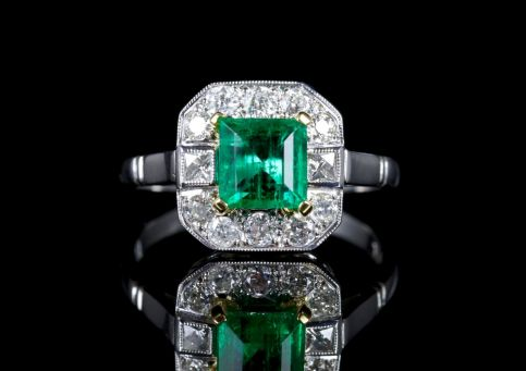 Emerald Diamond Ring 18ct White Gold Ring