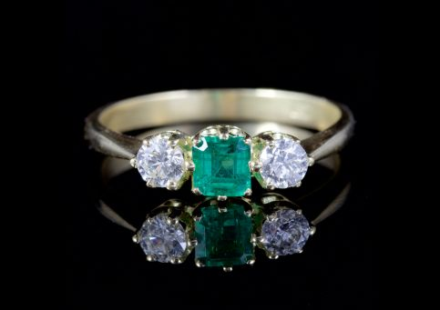 ANTIQUE VICTORIAN EMERALD DIAMOND TRILOGY RING 18CT GOLD CIRCA 1900