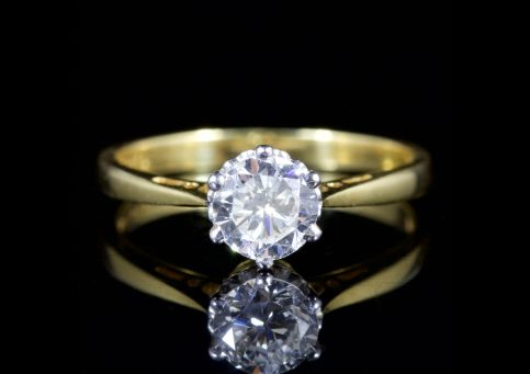 Diamond Solitaire Engagement Ring 18ct Gold London 1980