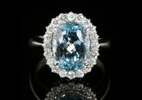 Aquamarine Diamond Cluster Ring Platinum 5.17ct Aquamarine front view
