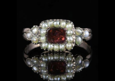 Antique Georgian Flat Cut Garnet Pearl Ring 18ct Gold Circa 1800 front view
