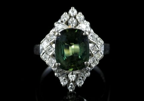 Green Sapphire Diamond Ring 18ct White Gold Rare 4ct Green Sapphire front view