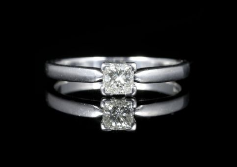 Diamond Solitaire Engagement Ring Princess Cut 18ct White Gold front view