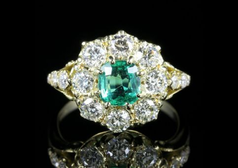 EMERALD DIAMOND CLUSTER RING 18CT GOLD ENGAGEMENT RING