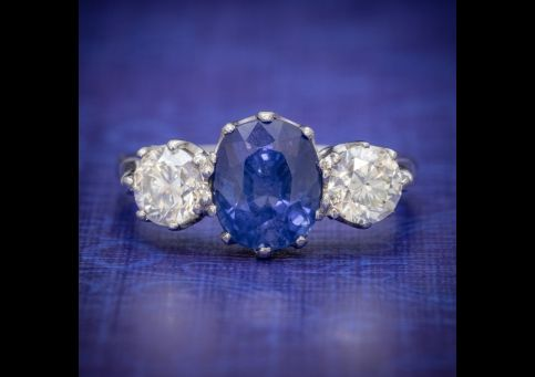 ANTIQUE_EDWARDIAN_2.40CT_SAPPHIRE_DIAMOND_TRILOGY_RING_PLATINUM_CIRCA_1915_cover-500x500.jpg