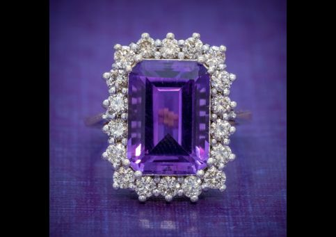 VINTAGE_AMETHYST_CLUSTER_RING_18CT_GOLD_CIRCA_1950_cover-500x500.jpg