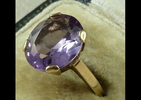 BEAUTIFUL 5CT ANTIQUE AMETHYST & GOLD SOLITAIRE RING